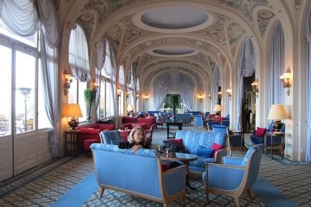 J'adore le Royal à Evian. Difficile de dire le contraire, évidemment, mais je pense qu'il s'agit du plus bel hôtel dans lequel je n'ai jamais eu la chance d'aller !