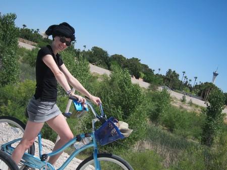 Bon, sur ce je vous laisse, c'est l'heure pour moi d'aller faire du vélo dans le désert...